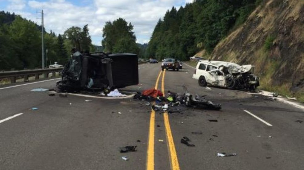 Head-on collision on Hwy 99E results in multiple serious injuries | KPIC