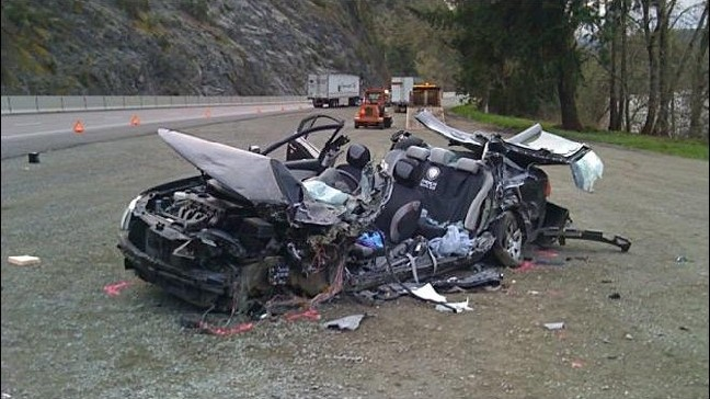 Man dies in head-on crash with wrong way driver on I-5 | KPIC